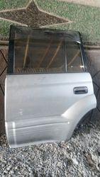 Toyota Land Cruiser Prado 95  дверь задняя  левая